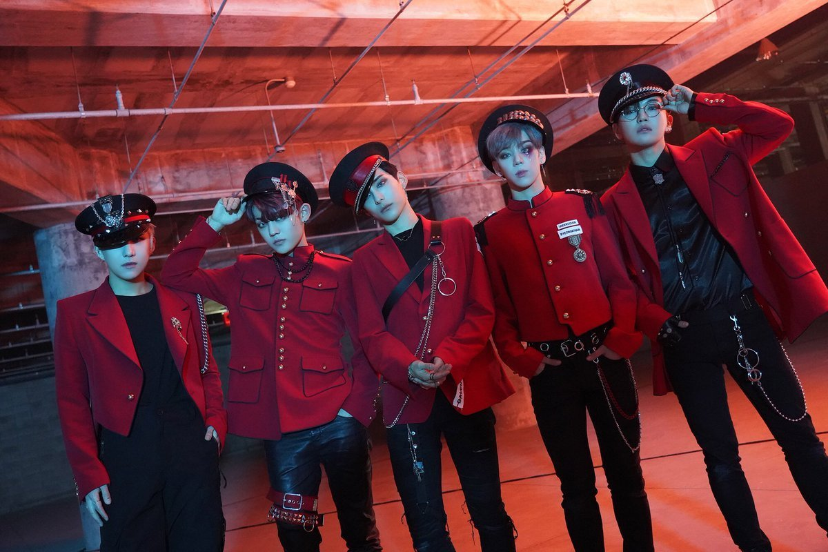 Got7 Halloween Fic Exhange 2020 🎃Halloween Fanfiction Contest🎃   My Entry   Am I 'IT'? Chapter 1